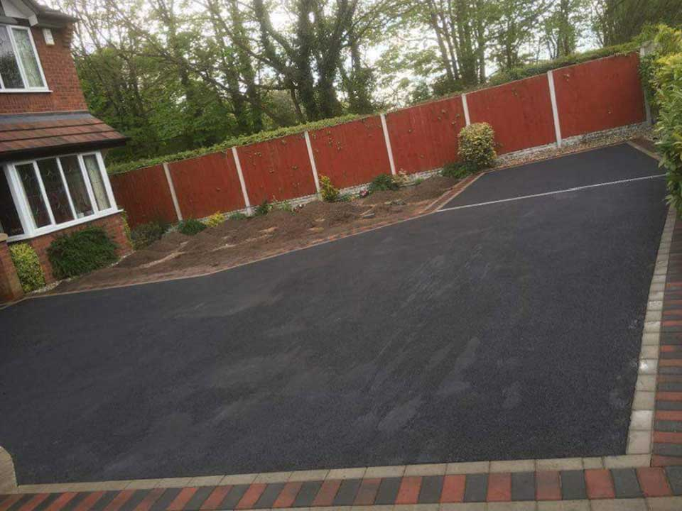 Tarmac Driveway Cannock With Border